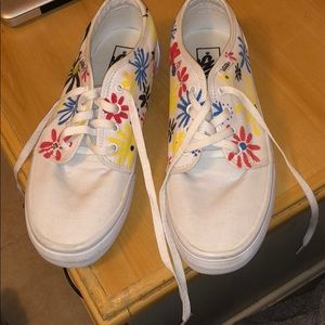 Vans White Flower Canvas shoes